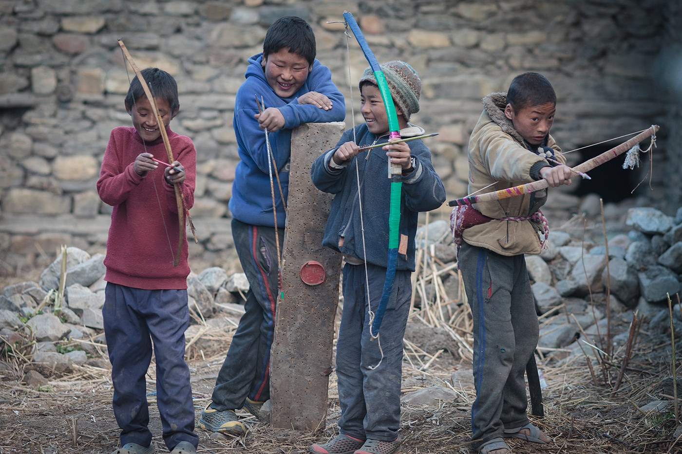 Archery in Manang, photo